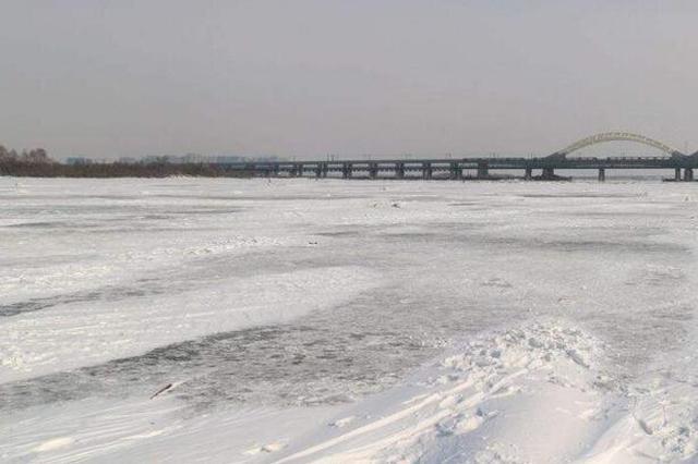 冰城15日最低温跌至-19℃秒回寒冬 16日气温明显回升