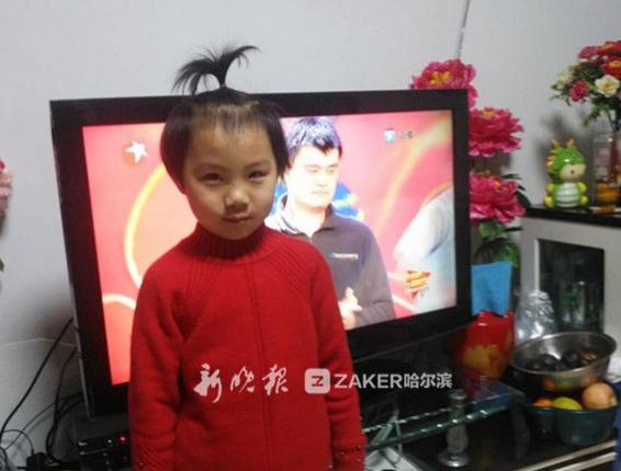 """哈尔滨20名小冰球运动员""""打进""""央视体育春晚"""