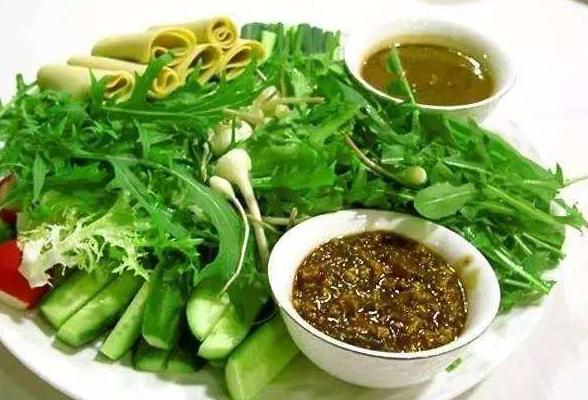 """叶菜和蘸酱菜俏销 春节后市场上""""洗胃""""蔬菜受宠"""