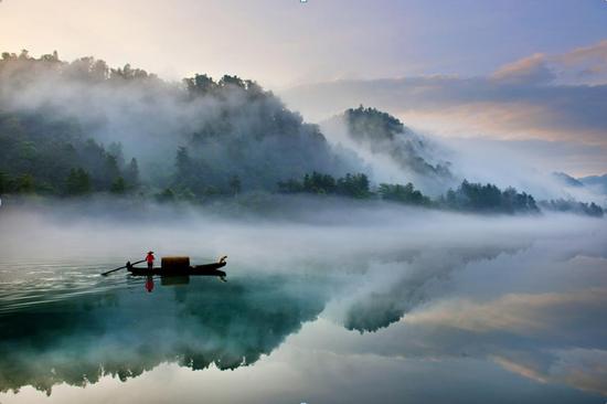 这个秋天去东江湖畔体验民宿
