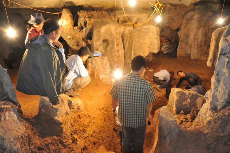 长沙考古 发现27口古井及3座战国古墓