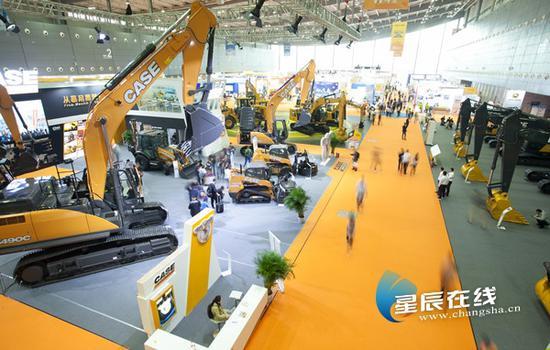 (2019年5月15日-18日,2019长沙国际工程机械展举行。 星辰全媒体记者 张奇涛/摄)