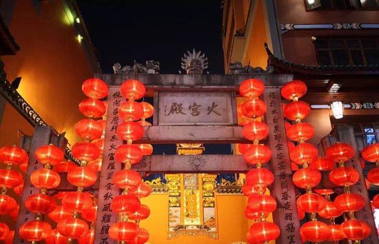"""湖南省文旅厅还趁清明小长假前披露了""""锦绣潇湘""""旅游精品线路。"""
