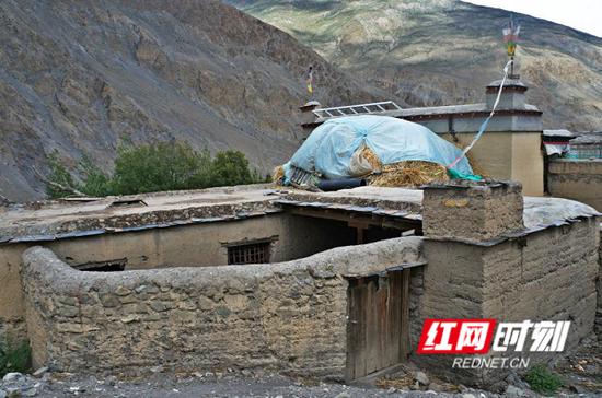 修建前的西藏隆子县居民房。