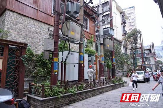 国内首套台区储充一体化装置在湖南成功并网试运行。