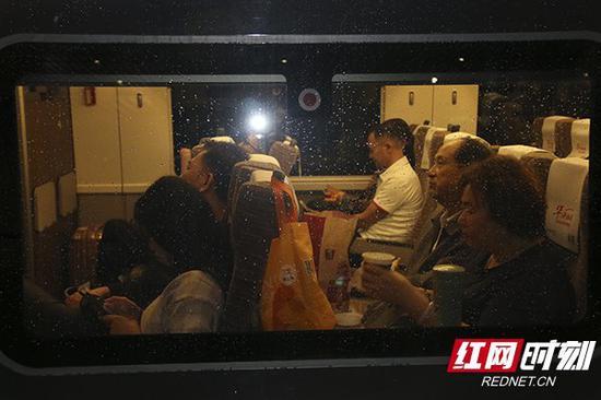 长沙至香港首班直达高铁发车啦!