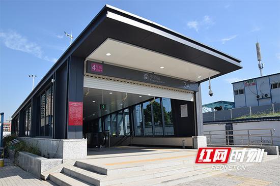 全线首个完成装修的车站平阳站。