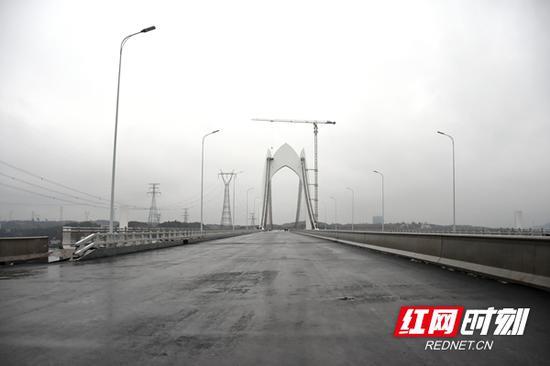 昭华湘江大桥。