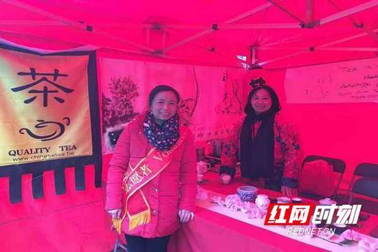 浓郁的姜茶香味飘荡在安特卫普最繁华的梅尔大街上。