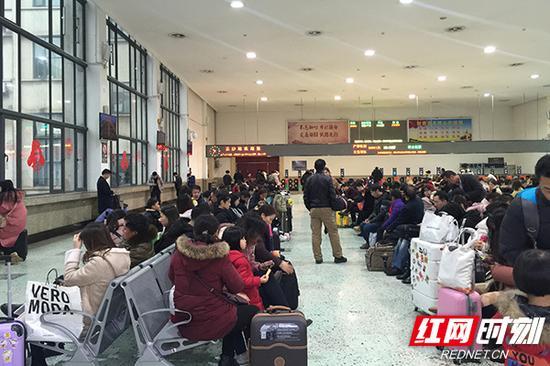 2019年春运节后(2月5日-3月1日)长沙火车站预计发送旅客128.8万人次。