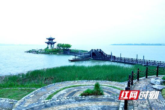 柳叶湖狐仙岛。