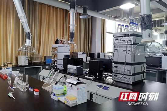 检毒工作室。