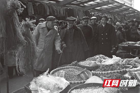 1986年巴陵桥集贸市场