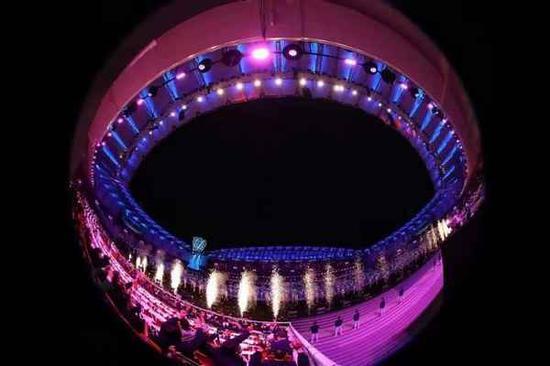 10月18日,第七届世界军人运动会开幕式在武汉体育中心举行。这是开幕式现场。新华社记者 刘续 摄