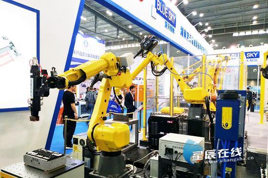 (2019年5月9日,2019中国<长沙>国际智能制造装备博览会在长沙国际会展中心开幕。通讯员供图)