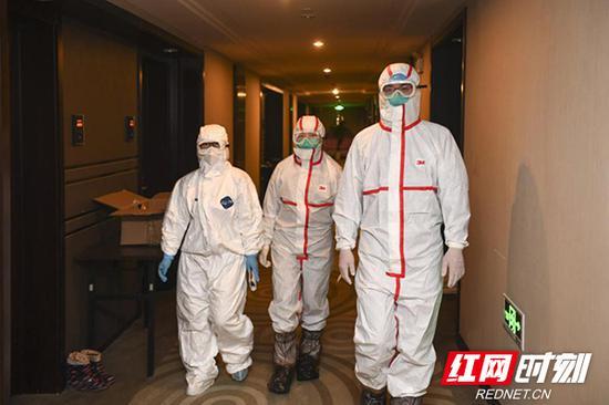 凌晨,张斯钰、罗垲炜还在开展流行病学调查的路上。