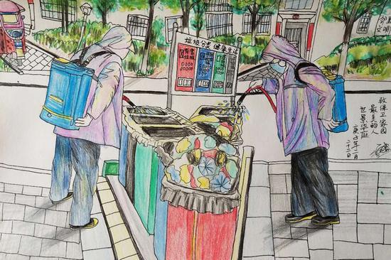 小区物业工作人员对公共区域进行循环消毒。