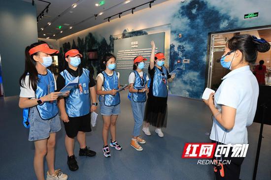 武陵源出台暑期亲子游优惠政策 中小学生父母门票半价