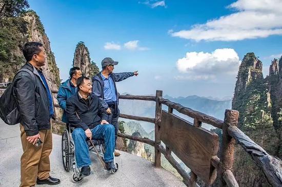 莽山五指峰——中国首个可实现无障碍游的山岳型景区