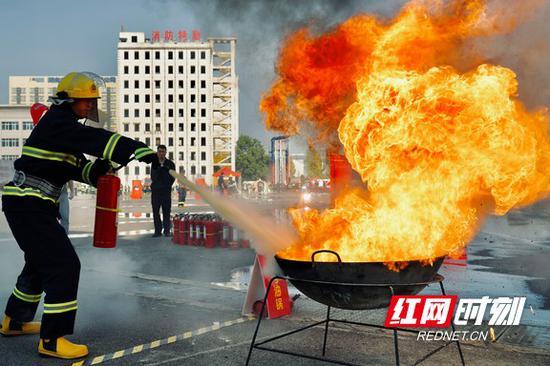 """关注消防 、生命至上 全省""""119""""消防宣传月正式启动"""