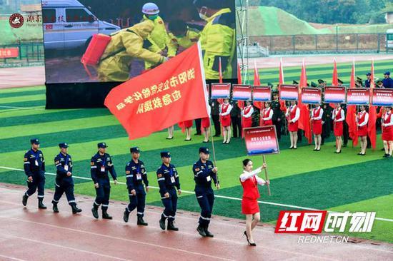 来自全省28支救援队伍的300名选手参赛。