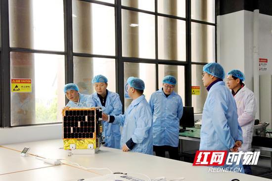"""""""航升一号""""卫星整星质量37千克,是国内首颗具有""""实时响应""""""""交互操作""""""""智能管理""""能力的智能遥感卫星。"""