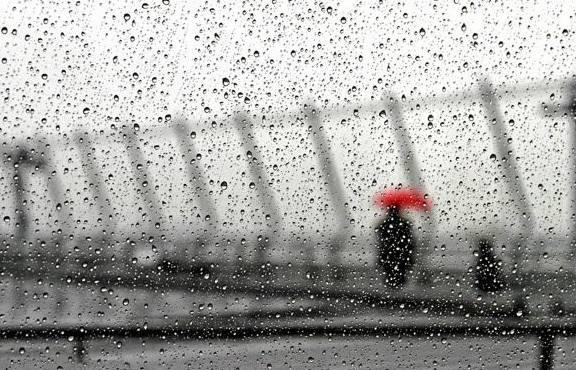 湖南阴雨持续气温偏低 霾天气频发需注意防范