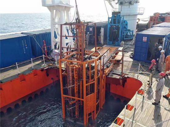 海牛Ⅱ号 正在进行海试作业