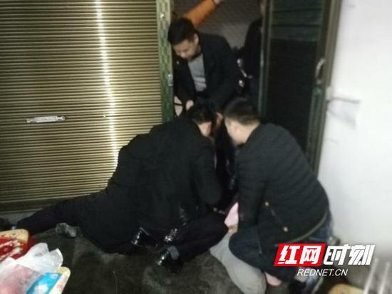 湘渝两地警方携手将流窜盗窃犯罪嫌疑人彭某卫抓获。