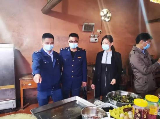 长沙市市场监督管理局开展旅游景区食品安全专项检查