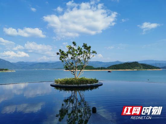 """东江湖""""网红""""打卡点,美得令人炫目。"""