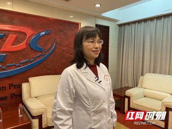 湖南省疾病预防控制中心免疫规划科科长、主任医师张淑君接受采访。