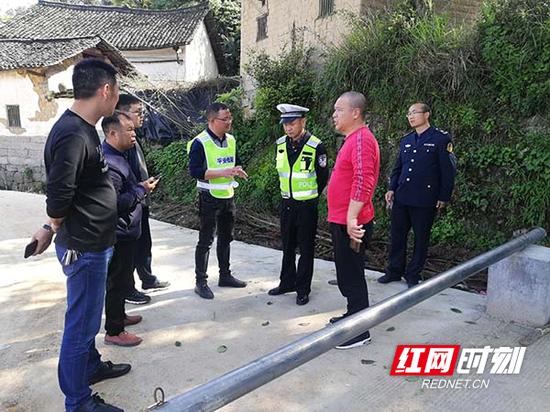 近日,桂阳县组织开展道路隐患排查整改。