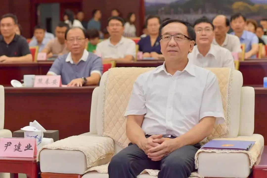 ▲江西省委常委、政法委书记尹建业