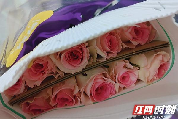 春天的气息!长沙机场迎来春节后首批进口鲜花