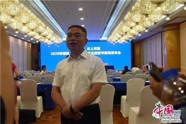 王永红接受记者采访