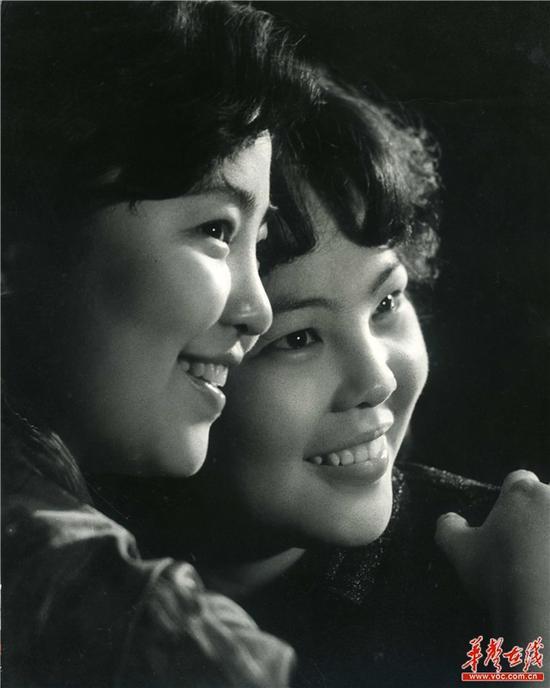 """等待""""认领""""的照片,姜新根摄于20世纪80年代.-83岁老摄影师长沙 图片"""