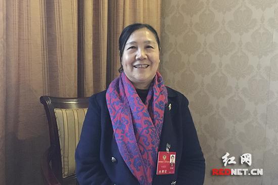 湖南省政协委员刘美清。
