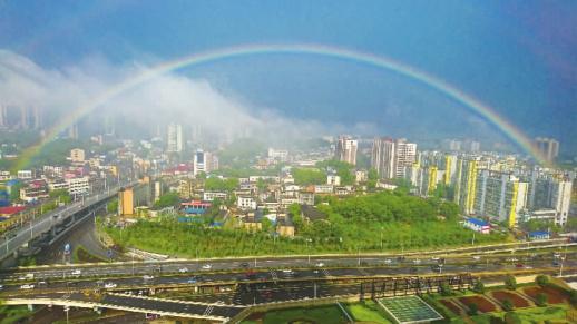 湖南最周边的城市有什么美丽的好玩的旅游景点?图片