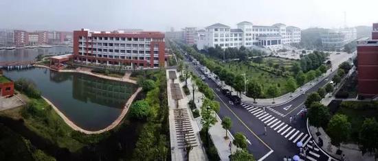 湖南工业大学河西校区(马春华 摄)