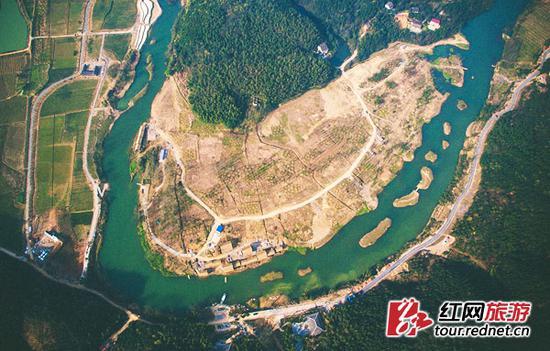 鸟瞰秦溪景区。