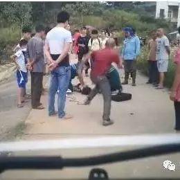 衡阳男子因女儿溺亡踢打抢救医生  警方依法拘留