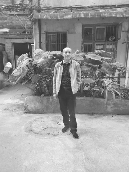 湖南一63岁男子救起19岁跳河女孩