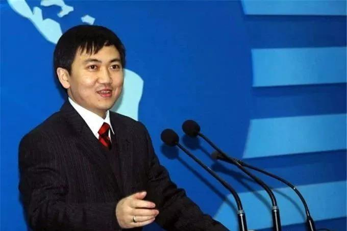 陈勇,1979年10月出生于岳阳