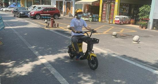 """长沙共享单车不戴头盔联合惩戒""""满月"""",1.6万人被限用一月"""