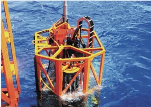 """湖南科技大学自主研制的""""海牛号""""深海钻机。"""