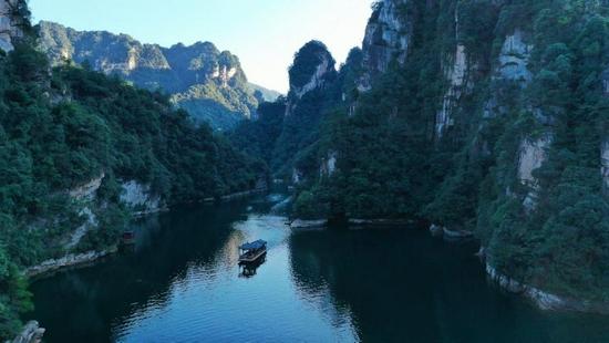 10月1-4日张家界主要景区接待游客超过15万人