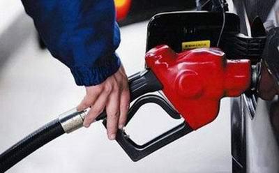 一箱油要多花10元!油价又要涨回6元时代了!