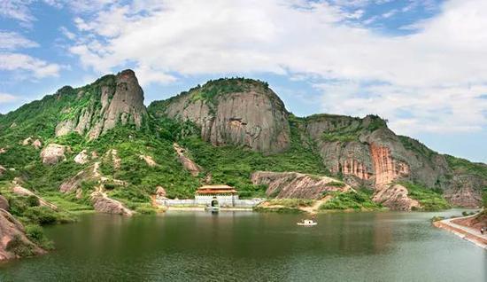 石牛寨地质公园。图源:平江县人民政府网站