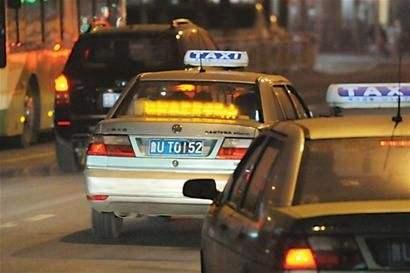 常德市城区出租汽车专项整治再发力